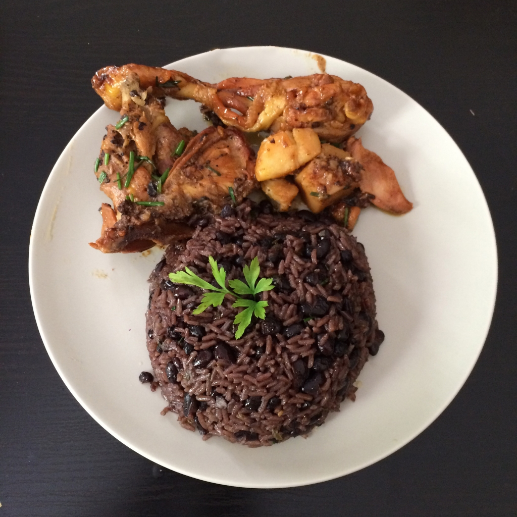 Pollo con arroz congrí